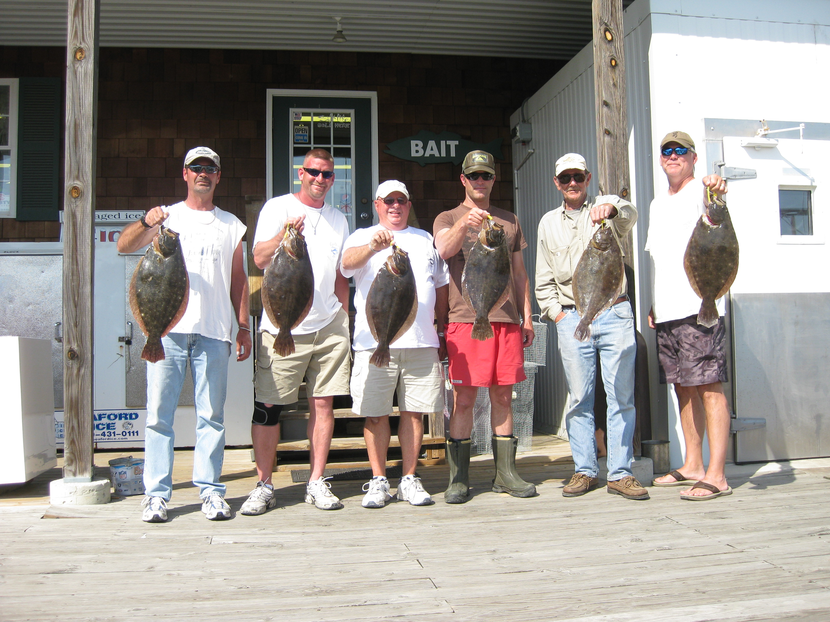 Fishing tournaments this weekend in lewes delaware surf for Lewes harbor marina fishing report