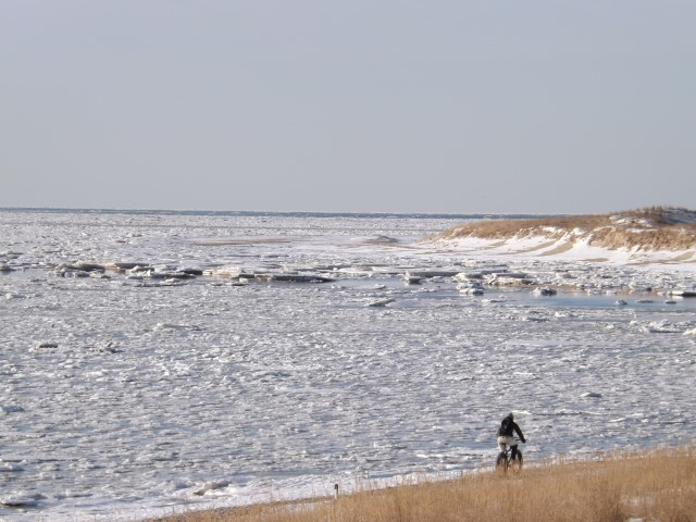 cape henlopen ice and snnow, ice indelaware bay, ice on rehoboth beach, lewes, cape may lewes ferry, pilot boats, sussex county, pancake ice,