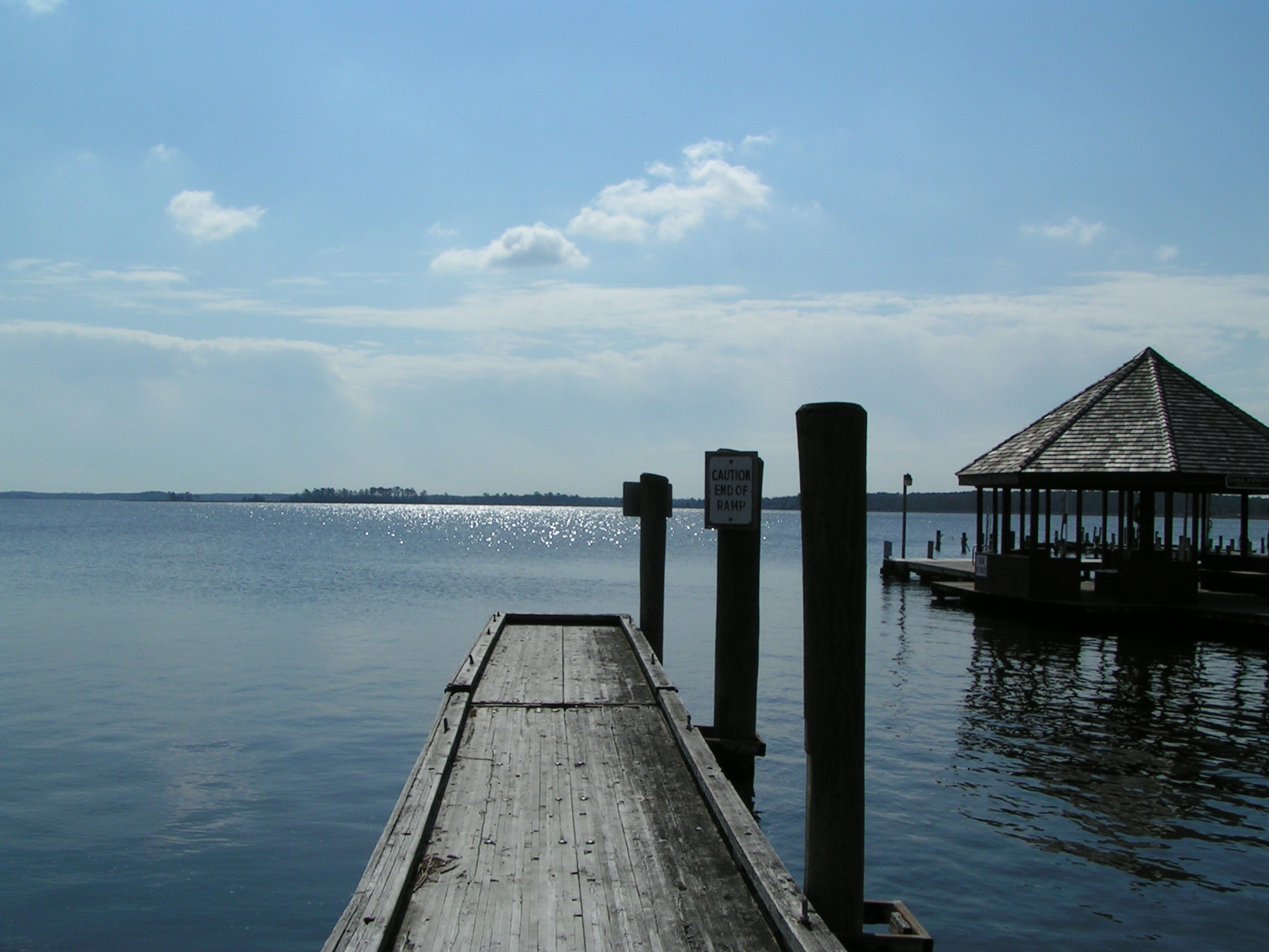 Rosedale Beach, Floating boat docks, delaware, sussex county, indian river bay, oak orchard, riverdale