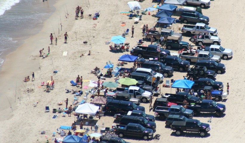 cape henlopen, stacked vehicles, too many cars on beach,