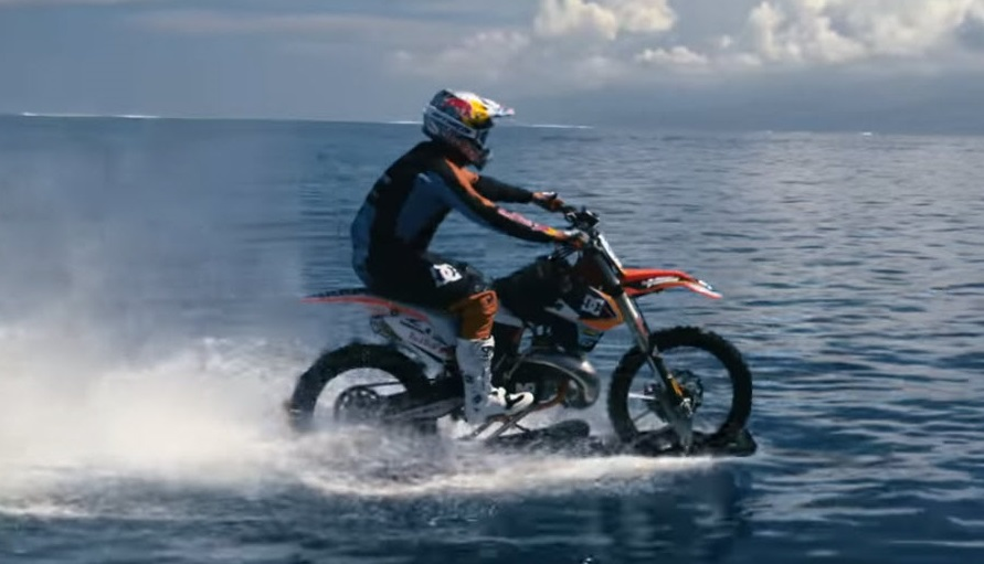Robbie Maddison, dirt bike on water, crazy water sports, tahiti, surfing madness, extreme bikers, FMX, Red Bull