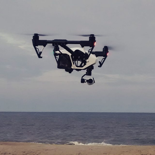 DJI Inspire, 50 mph top speed, 3 mi range, 4k video, auto hover, GPS, sky jacks