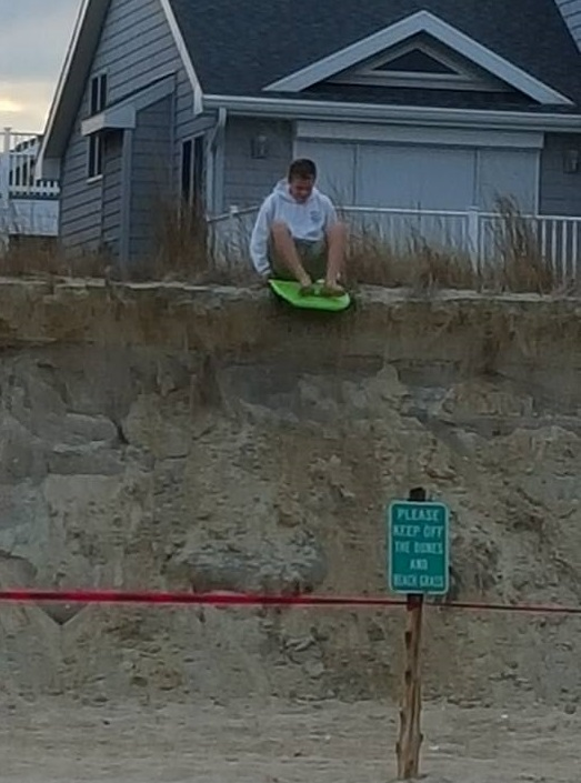damaged dunes, bethany beach, stay off the dunes, delaware, sussex county